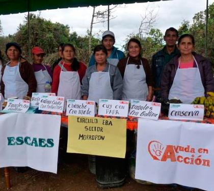 Productores y productoras de Ayabaca promocionan sus productos en la Feria por el día del campesino