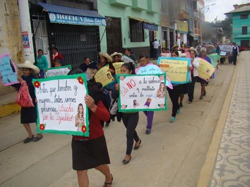ESCAES y CEM realizaron Pasacalle por el Día Internacional de la No Violencia contra la Mujer